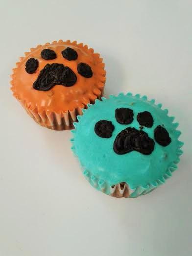 Muffin con cobertura de color